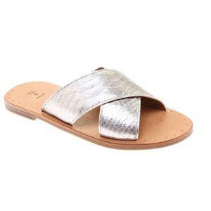Frye Silver Ally Crisscross Leather Slides SZ 8.5